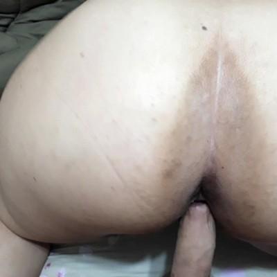 gordinha empinada dando a buceta