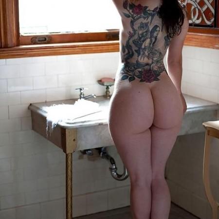 julia ann naked beuty