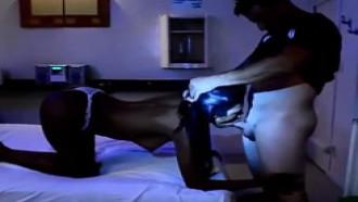 Mulata No Motel Fodendo Enquanto Amiga Filma