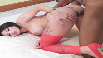 Elisa Sanches Morena de bunda grande e gostosa fazendo anal