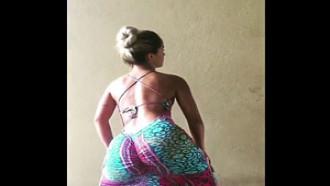 Maldita Brasileña Bailando sexy