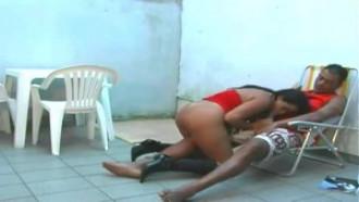 CASADINHA PIRANHA DANDO PRO CUNHADO