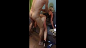 Pegando a esposa no flagra com outro