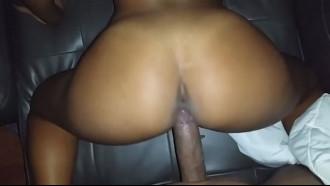 Mulata putinha fez sexo por dinheiro