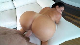 Julianna Vega tem bunda mais gostosa do porno