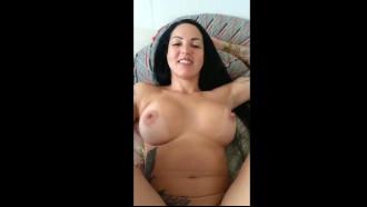 Elisa Sanches pelada mostrando buceta rosinha