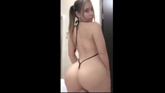 Video porno Mulher gostosa de verdade é essa branquinha bunduda. Delicia demais essa amadora bem safada com uma roupinha sexy socado na raba grande.