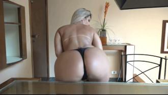 Cena pornô da beldade Katharine Madrid