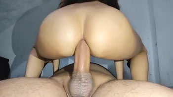 Magrinha levando no cu