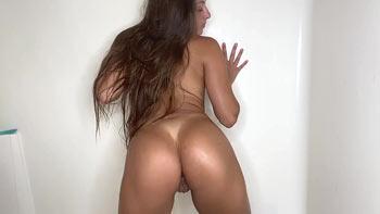 Gia Derza nude