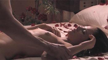 Paolla Oliveira pelada em filme Entre Lençóis